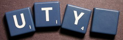 SCRABBLE tile style IS45W : Slate blue tile with white letter